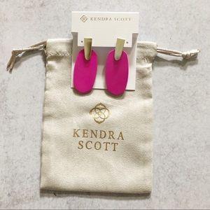 Kendra Scott Magenta Aragon Drop Earrings NWT
